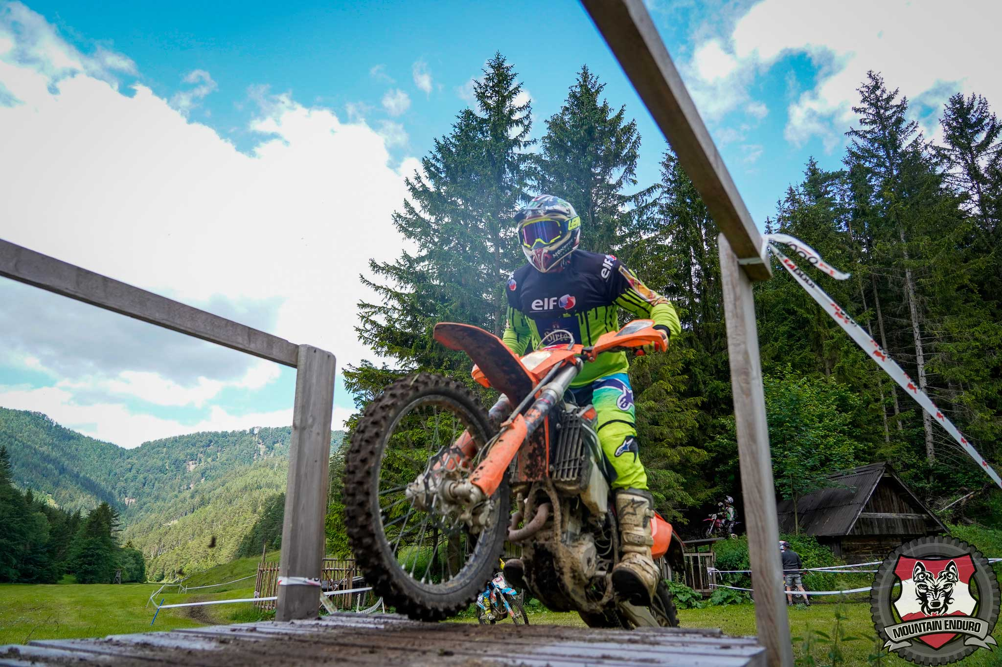 Mountain-Enduro195